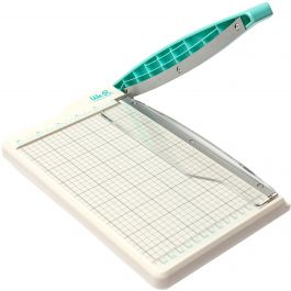 We R Memory Keepers Mini Guillotine Paper Cutter  - WR660093