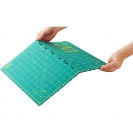 "Olfa Folded Cutting Mat 17""X24""  - 1119734"