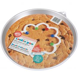 "Giant Cookie Pan Round 11.5""X10.5""X.75"" - W6201"